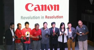 Canon PH Executives with  Canon Crusaders of Light (Brand Ambassadors)
