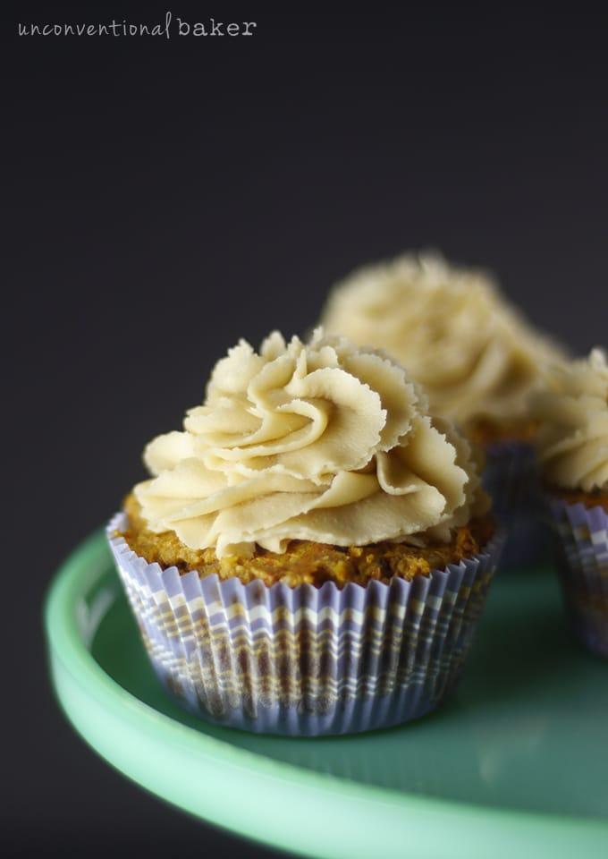 Paleo Vegan Carrot Cake Muffins