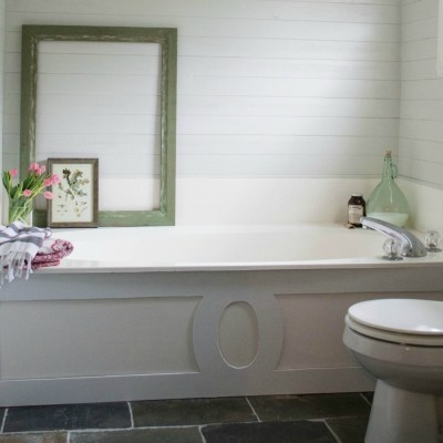 5 Inexpensive Ways to Update a Bathroom