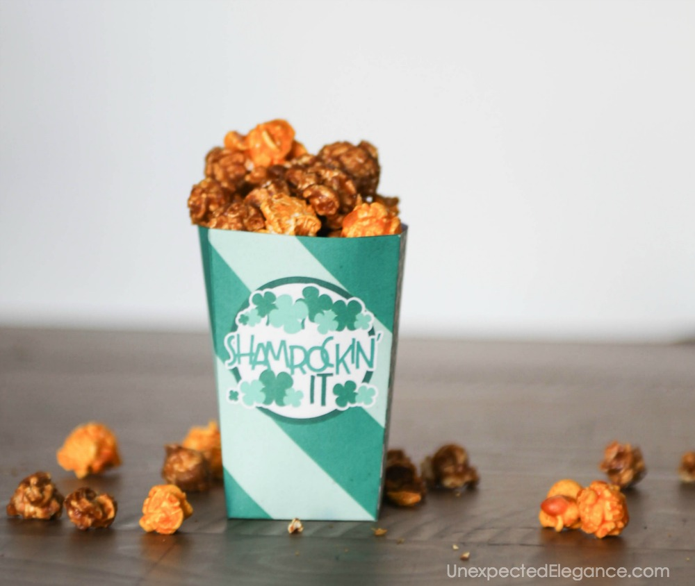 Free Shamrock treat box for your St. Patrick's Day party!