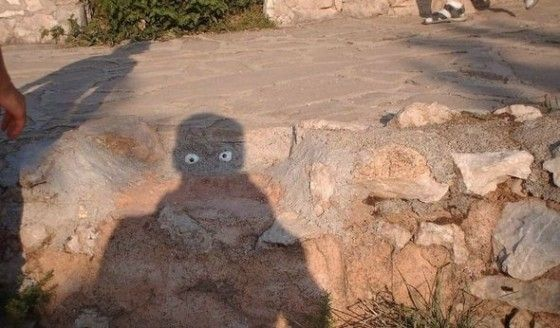 Picture of a scare shadow in the desert
