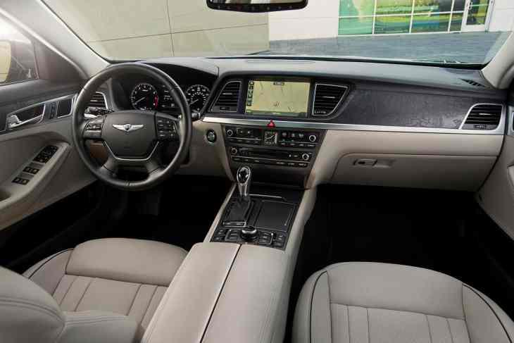interior cabine 2015 Hyundai Genesis