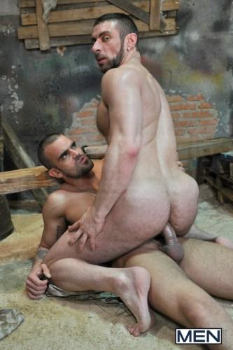 bigdick_naked_gaysex_militarymen_assplay_analsex