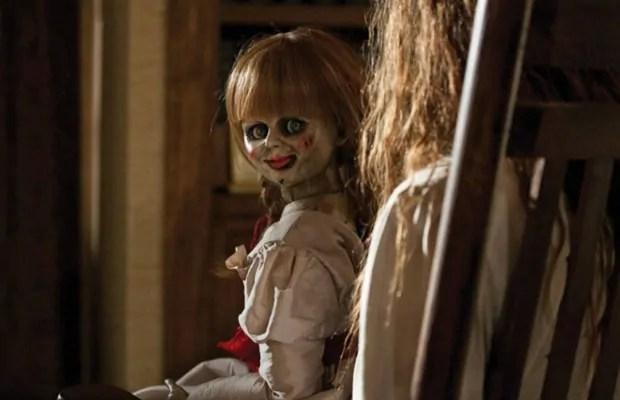 Il primo inquietante teaser trailer italiano di Annabelle 2, l'horror dedicato alla bambola indemoniata