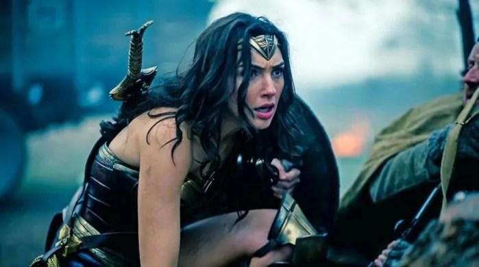 Spazio a scene inedite nel nuovo poster internazionale di Wonder Woman