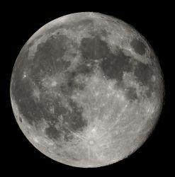 Full Moon by Luc Viatour