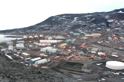McMurdo Station. Photo credit: L. McFadden, 2008