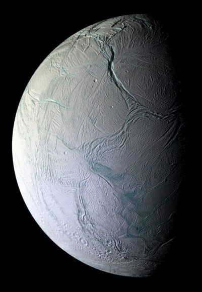 n Oct. 5, 2008.  Image credit: NASA/JPL/Space Science Institute  Cassini came within 25 kilometers (15.6 miles) of the surface of Enceladus o