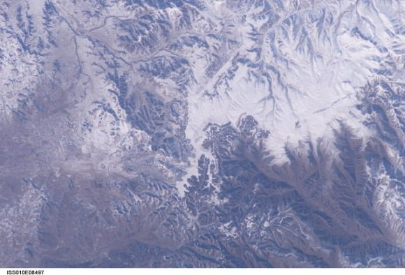 This picture, apparently the first verifiable photo of the Great Wall of China shot from low Earth orbit, was taken by International Space Station Commander Leroy Chiao on Nov. 24, 2004. Can you find it? Credit: NASA