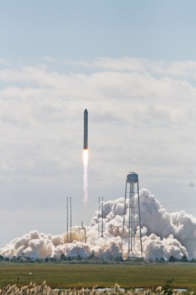 Antares rocket lifts off at 10:58 a.m. EDT Sept 18 with commercial Cygnus cargo resupply ship bound for the International S