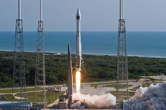 A United Launch Alliance (ULA) Atlas V rocket carrying a payload for the National Reconnaissance Office (NRO) lifted off from Space Launch Complex-41 on May 22 at 9:09 a.m. EDT. Designated NROL-33, the mission is in support of national defense.   Credit: ULA