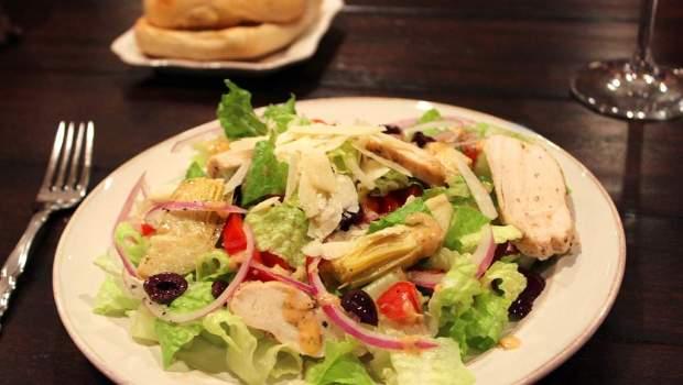 Mediterranean Salad (University Foodie)