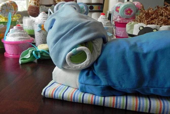 torta di pannolini neonato