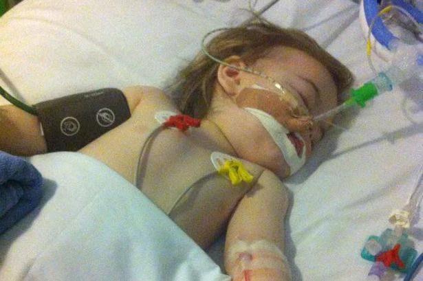 """Una bambina di 2 anni ha rischiato la vita per una pastiglia """"colorata"""""""