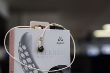 Freedom-wireless-bluetooth-buds