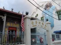 Templo chino y street art