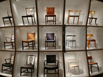 Museo del Diseño en Copenhague, exposición de sillas