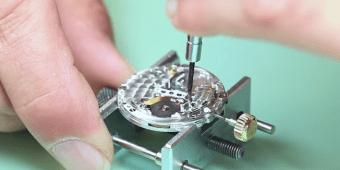Desarmando y armando un Rolex