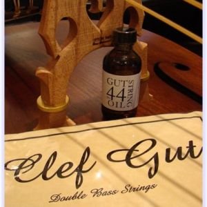Clef Gut Upright Bass Strings + Gut Oil Combo Deal