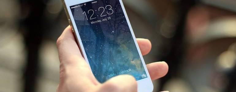 Es comprobado que alumnos sin celulares mejoran rendimiento académico: representante Rojas