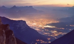 Grenoble-Night