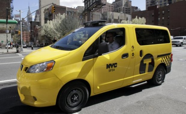 Le nouveau taxi new-yorkais, le Nissan NV200.  Photo AP