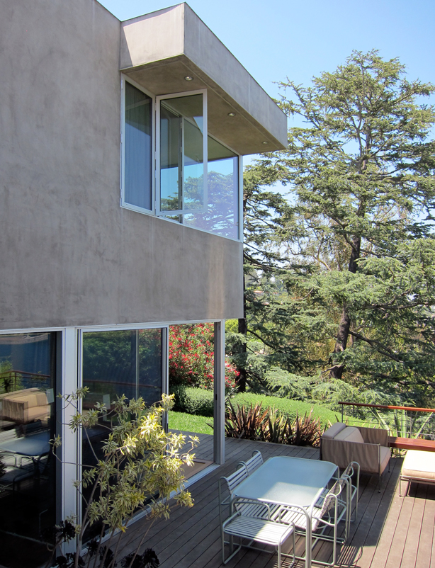 Residential Tour 4 Los Angeles Hillside Home Overlooking