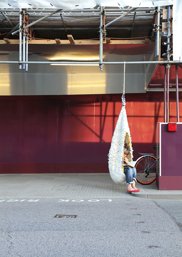 Urban-retreat-woven-wool-hanging-outdoor-swings