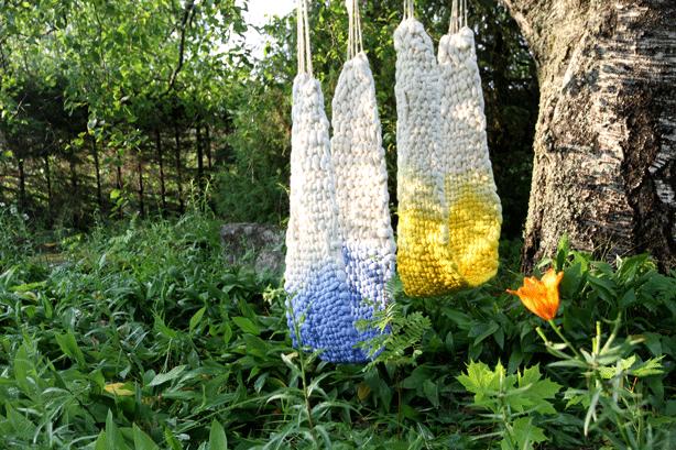 WoolWeave-woven-wool-outdoor-swings-urban-cocoon