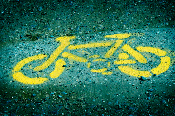 Cycling-symbol-painted-on-street-flickr-fabbio