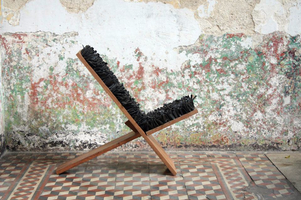 fabrica-chair-with-tire-rubber-seat