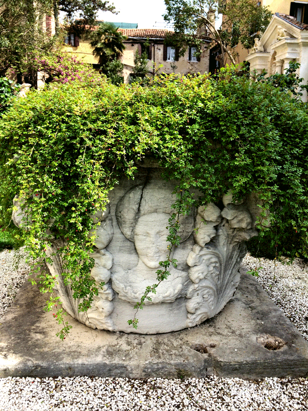 palazzo-bonibo-garden-well-planted-614
