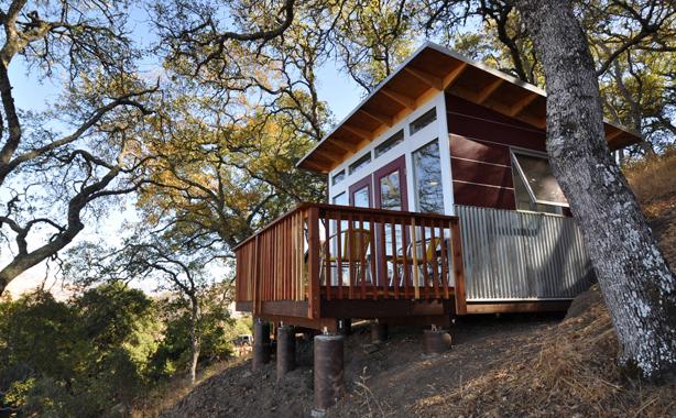 studioshed-hillside-home-office-with-deck