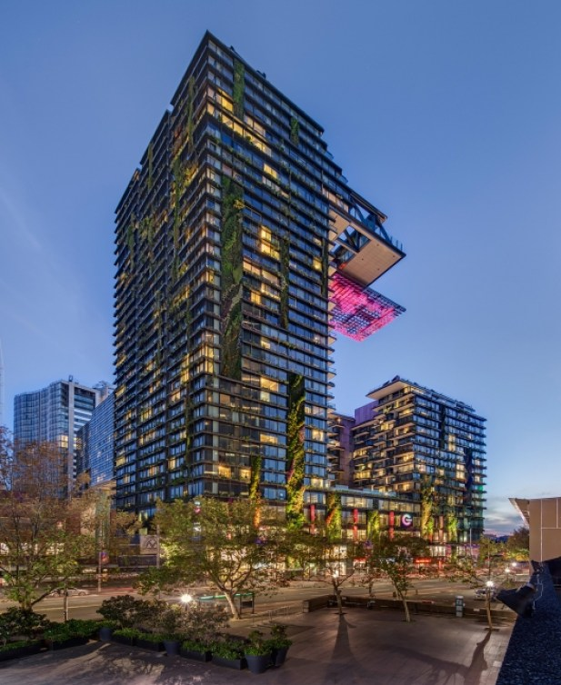 One CP CTBUH-best-tall-building-2014-1-530x649