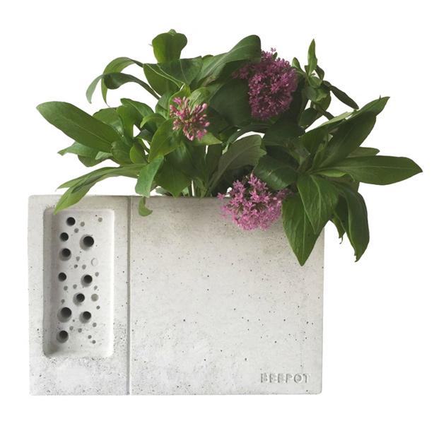 beepot-green-and-blye-bee-box-urbangardensweb
