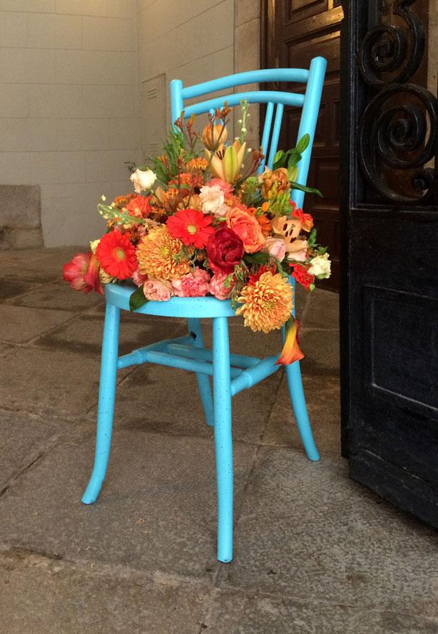 temps-de-flors-blue-chair_urbangardensweb