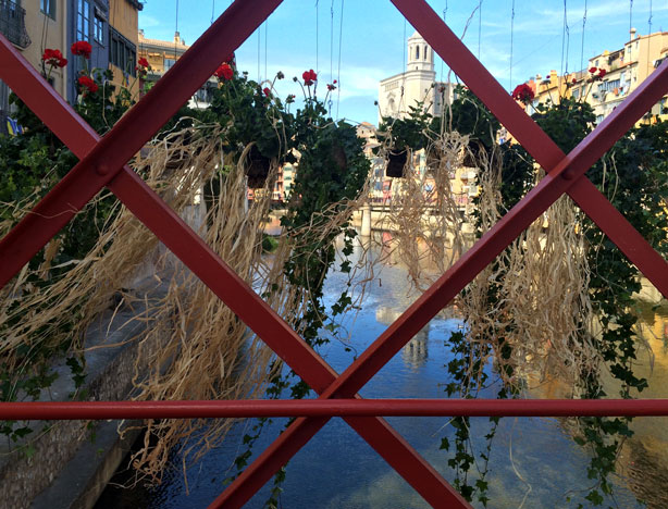 temps-de-flors-eiffel-bridge-closeup-urbangardensweb