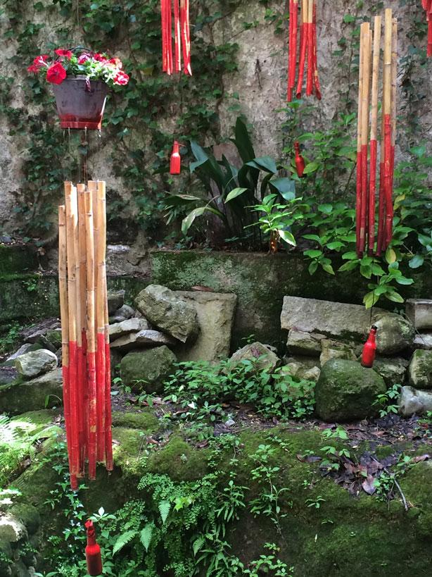 temps-de-flors-jeish-museum-garden-sticks-urbangardensweb