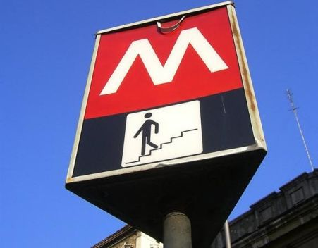 come-muoversi-a-roma-metro-bus-taxi