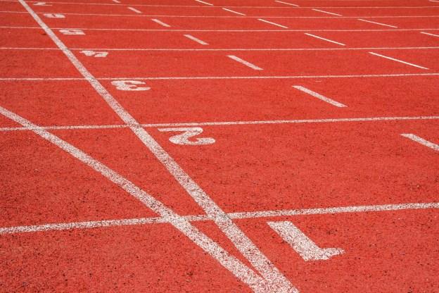 bieznia-do-biegania-na-stadionie