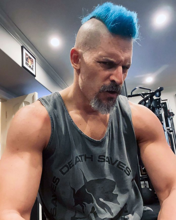 Joe Manganiello Debut a Blue Mohawk and Fans Have a Lot of Thoughts