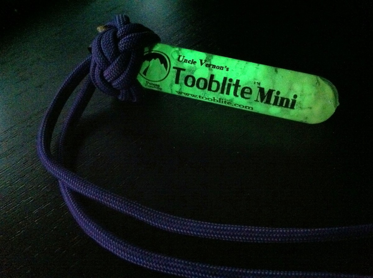 Review: UVPaqlite and ToobLite Glow Sticks