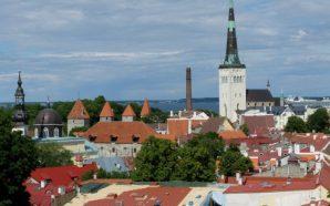 Tallinn sokaklarında zaman yolculuğu
