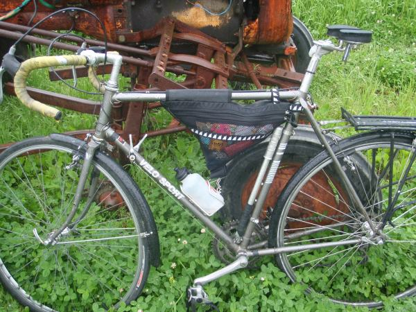 Dave's bicycle that he travels with