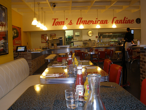 Tom's American Cantine