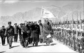 The Dalai Lama traveling