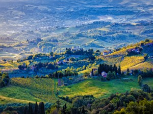 Tuscany landscape in the morning 300x225 Amazing Nature in the Photographs by a Ukrainian Artist Valerii Tkachenko