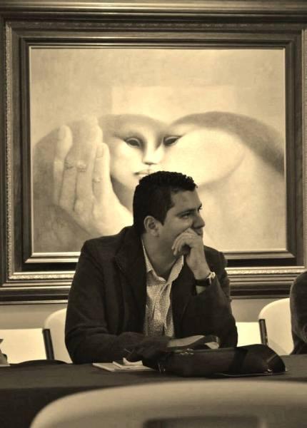 El poeta Juan Carlos Olivas.