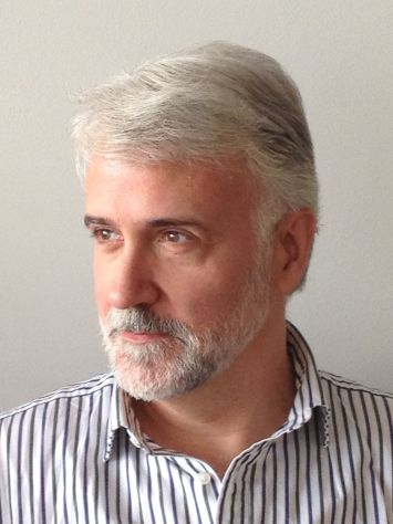 El poeta Eduardo Moga. 2013.
