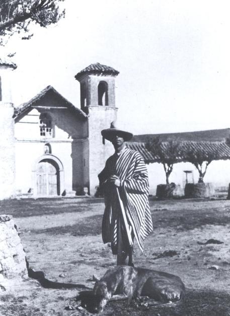 Juan Larrea en Puno-Perú. 1930